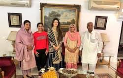 dangal girl political ring babita phogat mahavir phogat inld ajay chautala