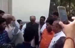 Congressmen shouts before digvijay