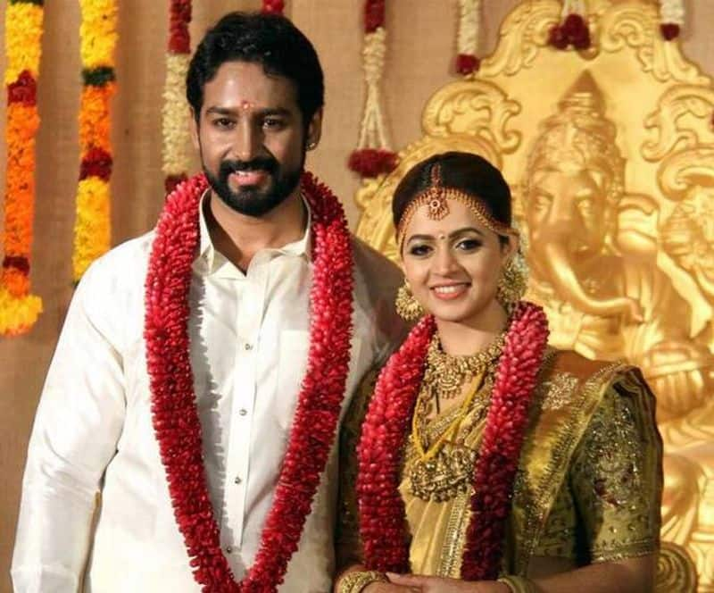 Naveen and Bhavana- The top actor of Malayalam industry tied the knot with longtime beau and Kannada movie producer on January 22 in her hometown.