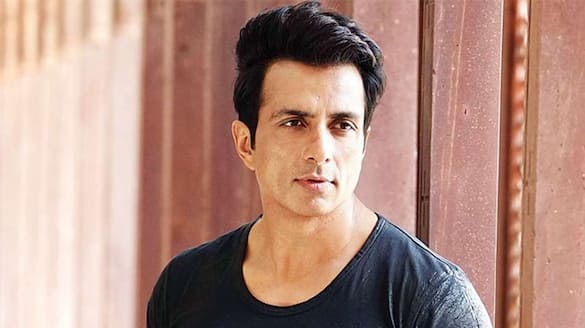 Sonu Sood's Epic Response To Man Asking For An iPhone For His Girlfriend