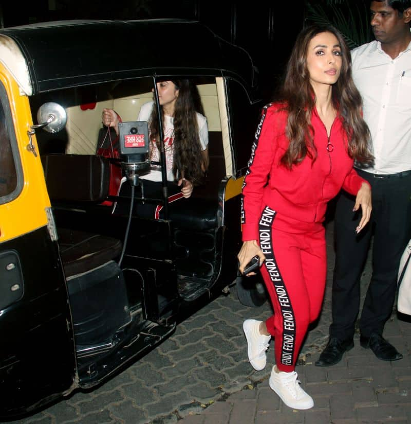 Arora was spotted sans her rumoured beau Arjun Kapoor in her latest outing.