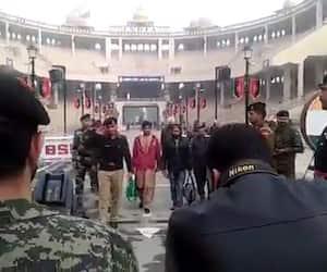 India return two Pakistani nationals via Attari-Wagah Border