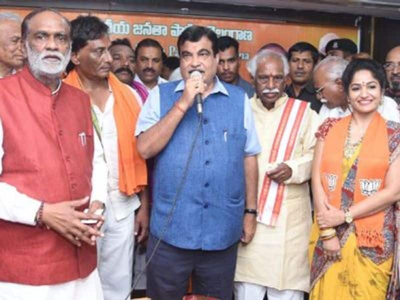 "Madhavi Latha: Telugu actor Madhavi Latha officially joined BJP last year, a move welcomed by union minister Nitin Gadkari. Soon after joining the party, Latha posted photos on social media and wrote, ""Finally Joined in BJP Official joining with the presence of central minister Nitin gadkari.... Happy to be part of national party BJP."""