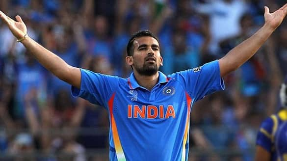 T20 World Cup 2021 IND vs PAK Starting with Jasprit Bumrah may have turned things around says Zaheer Khan