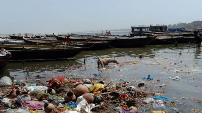 Discarded Bodies add to ganga Pollution hls