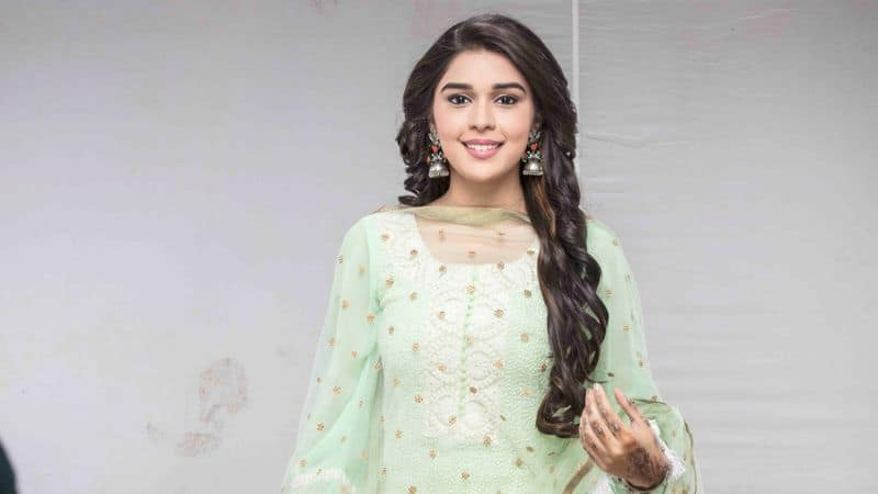 """Eisha Singh who plays Zara in Ishq Subhan Allah said, """"For me, Valentine's day has always been about spending some quality time with  my mother. I always celebrate this day with her and we go for a long drive and have wonderful conversations. She will always be my only Valentine. I would like to wish everyone a Happy Valentine's Day"""""""