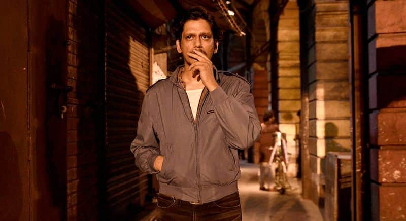 """<p style=""""text-align: justify;"""">Bollywood actor Vijay Varma recently announced his upcoming film Darlings by Red Chillies opposite Shah Rukh Khan, Alia Bhatt. After his dramatic performance in Gully Boy, he left a make on many people, but one person was left so impressed that they wanted him to be a part of Darlings and recommended his name.</p>"""