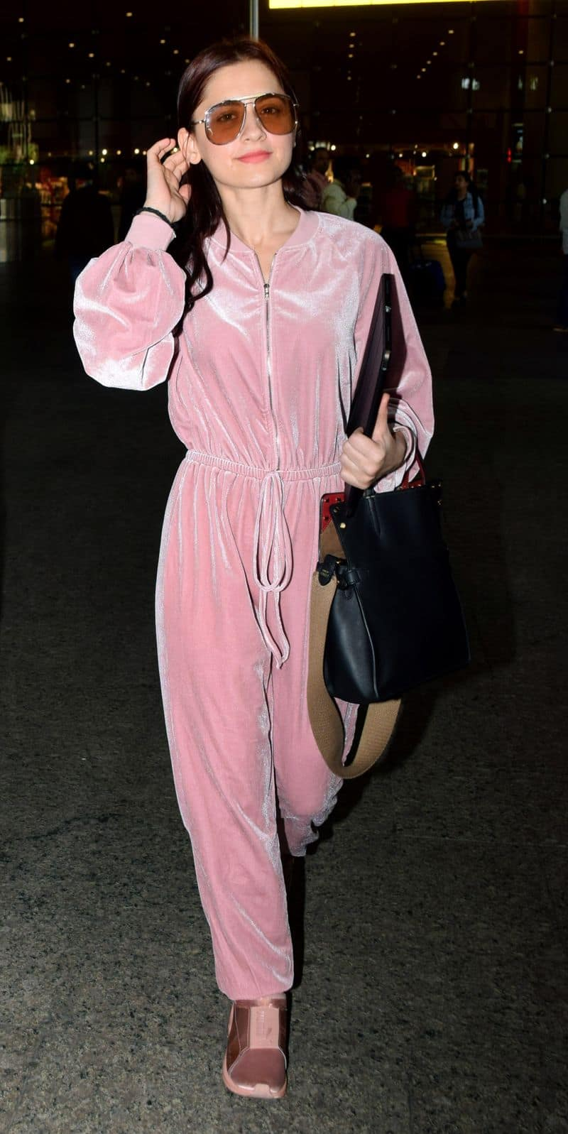 Sanjeeda Sheikh is pretty in pink and super snug with her choice of travel outfit.