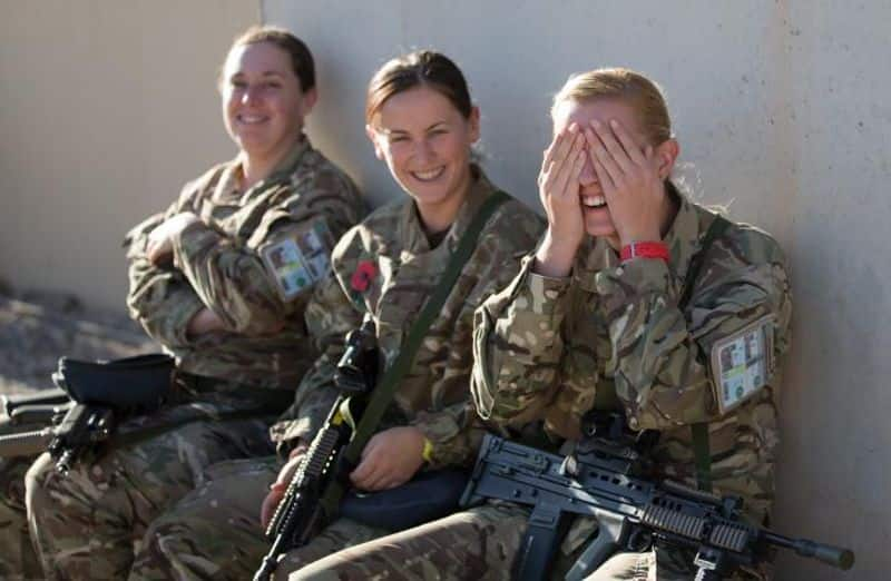 UK: Initially, combat positions were not open for women. However, these restrictions were lifted in 2016. During the Iraq and Afghanistan war, a total of six women lost their lives.