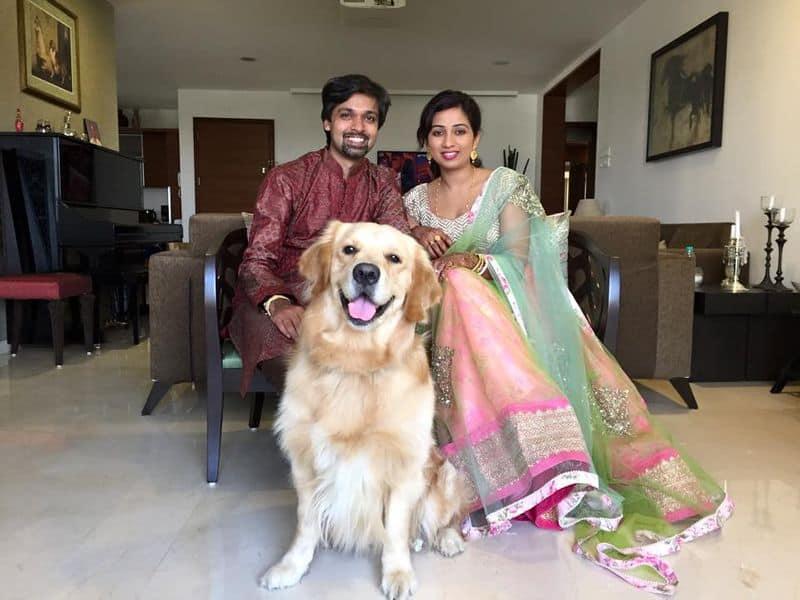 Shreya Ghoshal married her childhood sweetheart  Shiladitya Mukhopadhyaya in 2015 and the couple have an adorable dog, Sherlock Ghoshal.