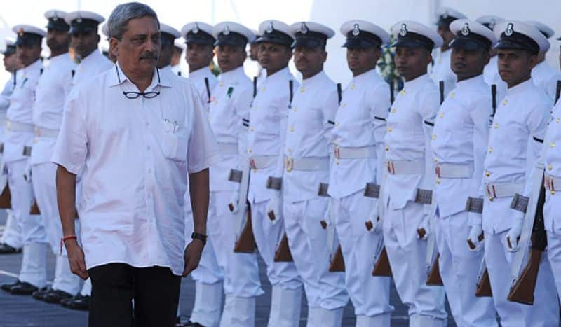 Manohar Parrikar inspected the guard of honour before commissioning the destroyer INS Chennai into the Indian Navy in Mumbai on November 21, 2016. Indian defence minister Manohar Parrikar had commissioned the ship 'Chennai' into the Indian Navy, the third ship of the indigenously designed Kolkata-class guided missile destroyers built by Mazgaon Dock Shipbuilders Ltd.