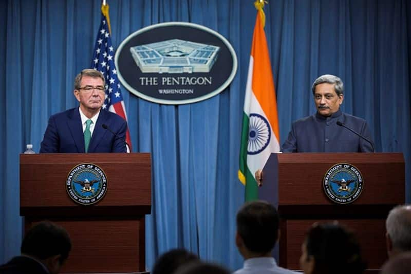 US Secretary of Defense Ashton Carter (L) and Manohar Parrikar (R) of India held a joint press conference at the Pentagon in Arlington, USA on August 29, 2016.