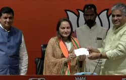 Jaya prada joined BJP and will fight against azam khan from Rampur seat