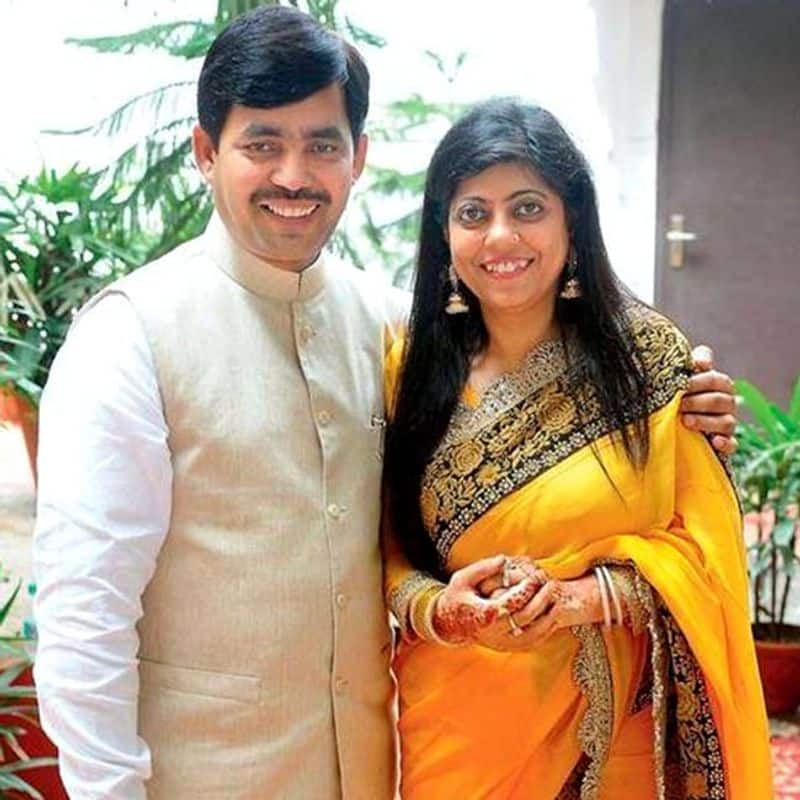 Shahnawaz Hussain married Renu Sharma, who is from Hindu family. According to reports, after a nine long years of courtship, they both got married.