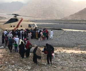 Police airlifts 500 people stranded atop Jebel Jais