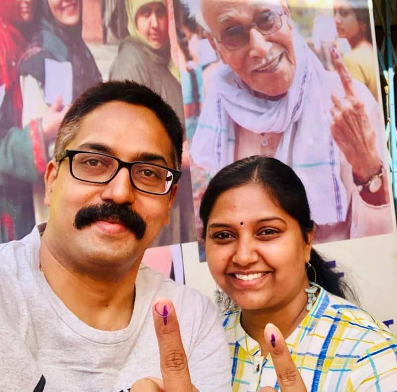 DIG SIB & NAXAL OPS Sundarraj P along with his wife Ramya Sundarraj cast their votes at Booth 186 in Kachna, Raipur on Tuesday
