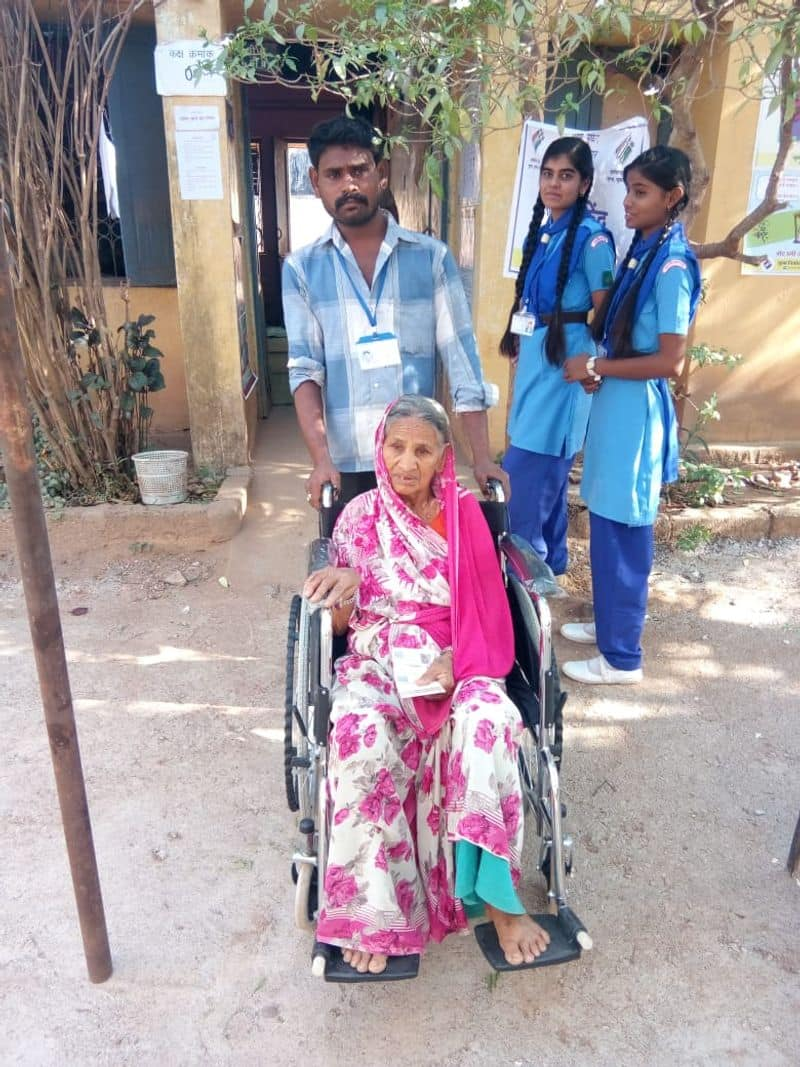 In polling booths where a large number of voters are senior citizens, ECI has made arrangements for wheel chairs as well as other modes of transportation to encourage people to vote.