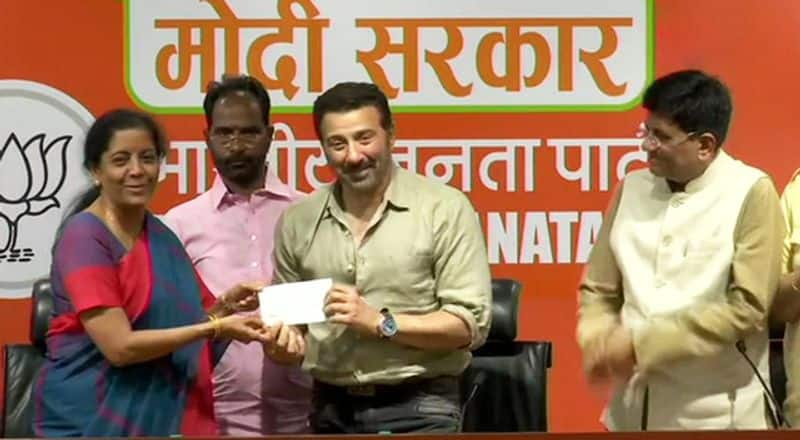 Actor Sunny Deol joins Bharatiya Janata Party in presence of Union Ministers Piyush Goyal and Nirmala Sitharaman. He is likely to be the BJP candidate from Gurdaspur in Punjab