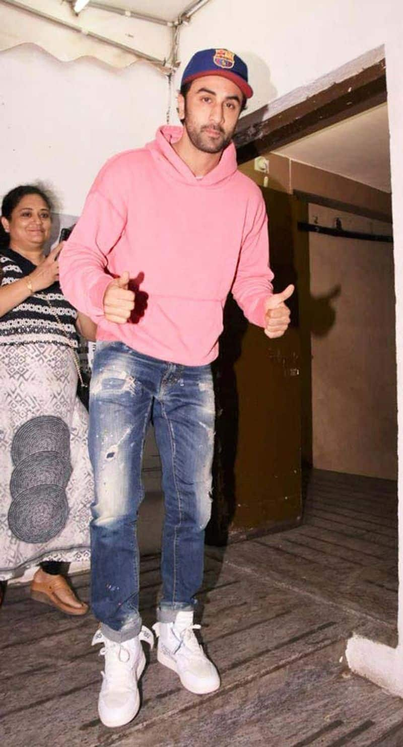 Before Ranbir Kapoor, Alia Bhatt became the 'It couple' of Bollywood, Kapoor reportedly wore this outfit for their first date. Hmm...pink for courage.
