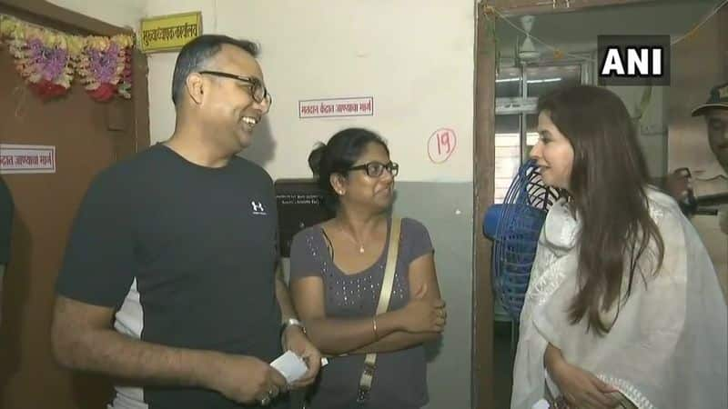 Congress MP candidate from Mumbai North, Urmila Mataondkar casts her vote at polling booth number 190 in Bandra.