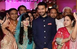 tej pratap Yadav and aishwarya relation being in progress