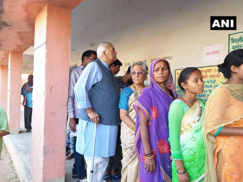 Former Union Min Yashwant Sinha  and wife Nilima Sinha arrive at a polling booth to cast vote for Lok Sabha Elections 2019. His son and Union Minister Jayant Sinha is contesting against Congress' Gopal Sahu and CPI's Bhubneshwar Prasad Mehta from the constituency.