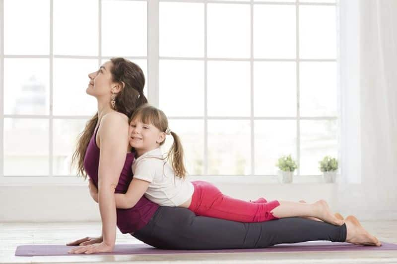 Get a fit mom: An anti-slip yoga mat or one that self-rolls could be a perfect gift for your mum on Mother's Day. Or you can get her a gym membership and see to it she doesn't miss her classes? Cult (fitness centre) is giving amazing offers on 10 months and 12 months subscriptions.