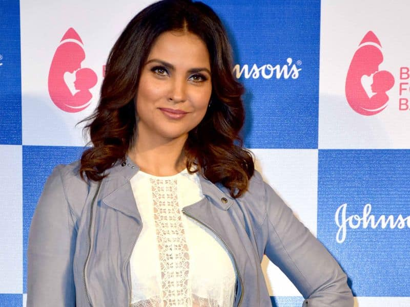 Lara Dutta: The actress does yoga to maintain her body. And that's the reason she is healthy and glowing.