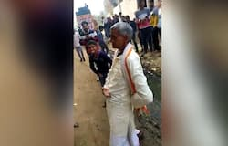 Have you ever seen such dance, the heart is childhood of this old man