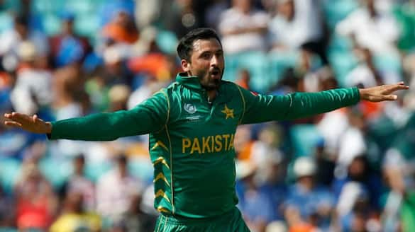 junaid khan lashes out pakistan cricket team management