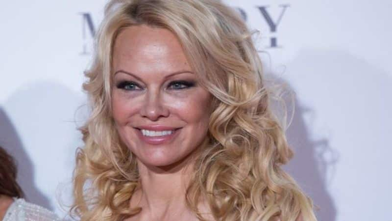 Pamela Anderson: Pamela went bankrupt in 2009, for which she had to sell her house after owing over US $800,000 to the construction building.