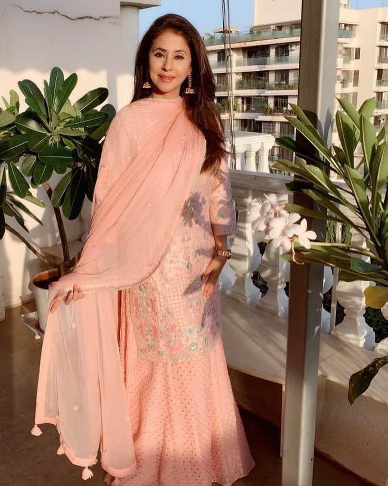 उर्मिला मातोंडकर- बॉलीवुड अदाकारा उर्मिला मातोंडकर ने 2019 के मार्च महीने में ही कांग्रेस पार्टी की सदस्यता ली थी। जिन्हें कांग्रेस पार्टी ने नार्थ मुंबई से चुनाव के लिए उम्मीदवार बनाया है।
