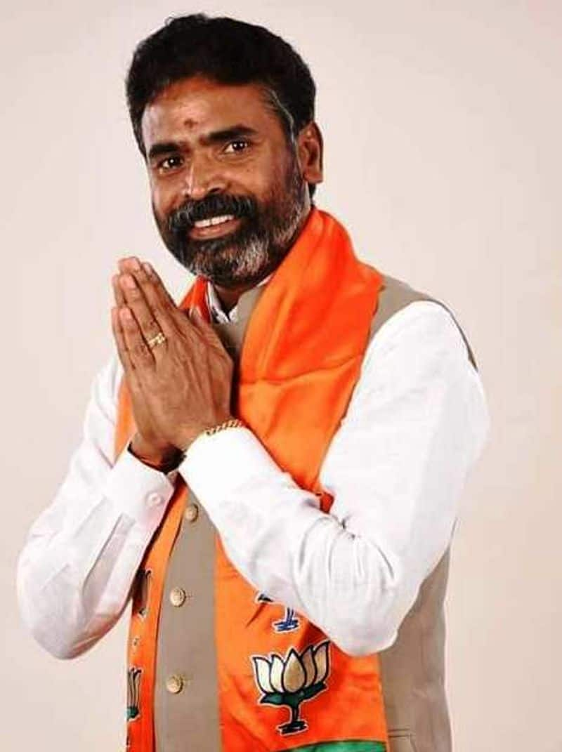 BJP's Muniswamy defeated 7-time MP from Congress, KH Muniyappa in Kolar. Fro the first time in the history of Karnataka, a BBMP member has become an MP.