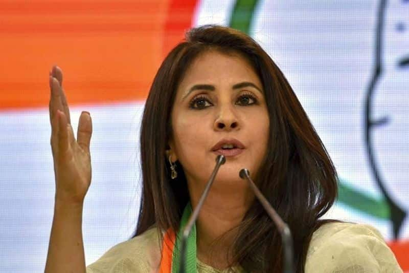 Urmila Matondkar: She is primarily known for her work in Hindi cinema. Urmila is INC's Lok Sabha candidate from North Mumbai constituency. However, the actress suffered defeat.