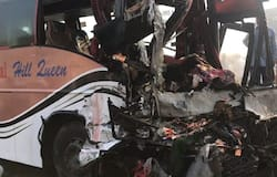 Massive collision in bus and truck, two die