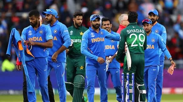 ICC T20 World Cup 2021, India vs Pakistan: Team India leaves hotel for Dubai International Stadium (WATCH)-ayh