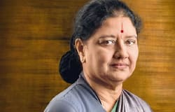 sasikala name removed from voter list