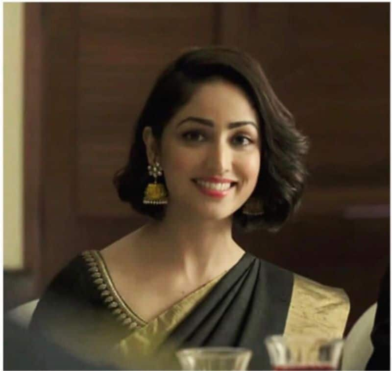 """Actress Yami Gautam posted a picture of her in black saree saying, """"I completely agree with this trend, nothing can match the elegance and beauty of a Saree! So sharing my most special saree moment 😁#SareeTwitter."""" While she received a lot of appreciation for her look, one of her followers replied to her tweet with a GIF of the actress' saree look in Vicky Donor."""