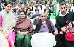 Mulayam's daughter-in-law got separated from Akhilesh Yadav on article 370
