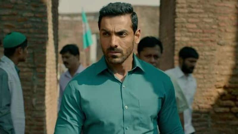 John Abraham: After acting in movies like Parmanu, Satyameva Jayate, Romeo Akbar Walter and RAW, the actor tries to step into the shoes of Akshay Kumar, who these days is seen playing patriotic characters. John obviously looks handsome in a uniform, and will be a treat to watch him slaying the role of a cop.