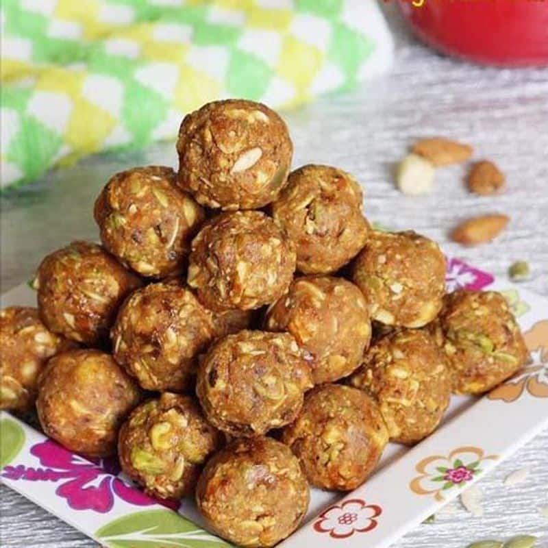Meva ka Ladoo is made of ghee, wheat flour, dry fruits and jaggery. It is believed that Meva ka Ladoo is offered to Lord Krishna's mother to give energy and heat post-pregnancy.