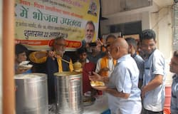 you will get complete meal in only one rupees in Noida sector 55