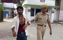 violent crowd tried to kill kidnapper in shahabad uttar pradesh