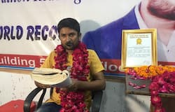 kanpur young man made a unique record in book reading