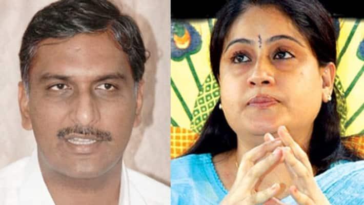 telangana congress leader vijayashanti sensational comments on harish rao