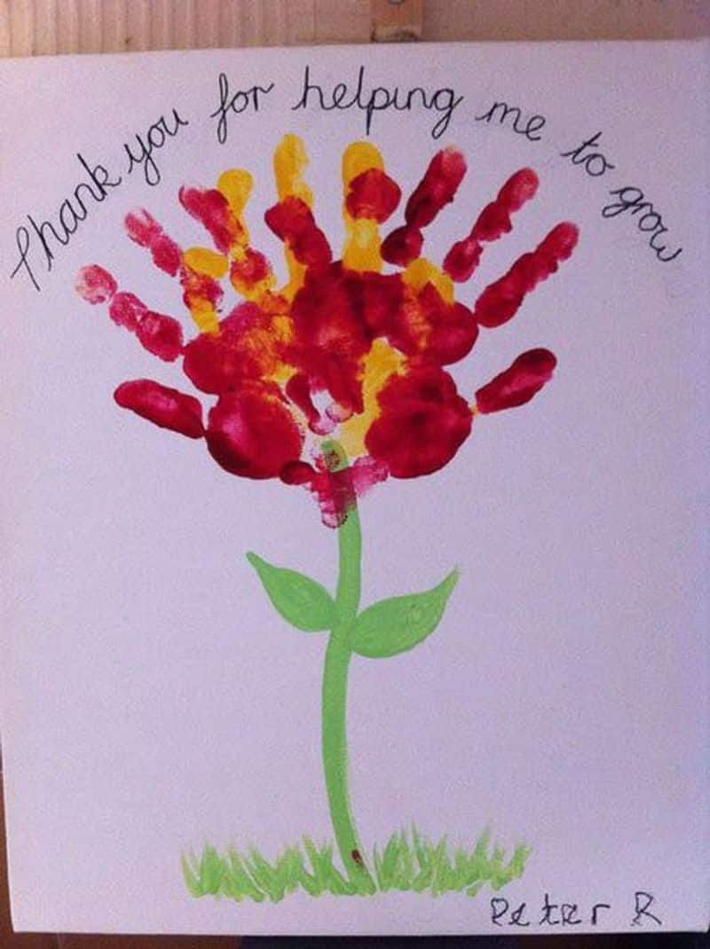 Handmade cards are a good way to show your love to a special person. With the help of the internet, you can easily learn how to make unique cards.