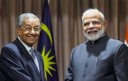 PM Modi's meeting with Mahathir Mohammed in Russia,Zakir Naik can be extradited to India anytime