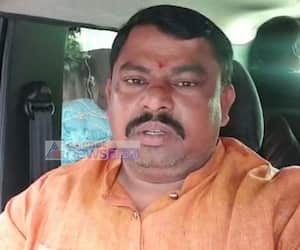 BJP MLA Raja singh fires on kcr over CM Pictures Are Engraved to Yadadri Temple Pillars