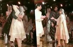 Jaya Bachchan hugs Meezaan