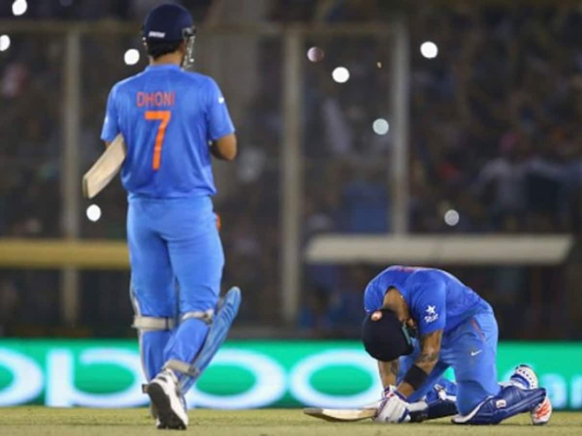 Virat Kohli salutes MS Dhoni with throwback picture; is captain hinting at  something?